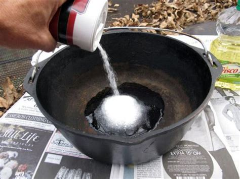 How To Clean Rust From Cast Iron Dutch Oven