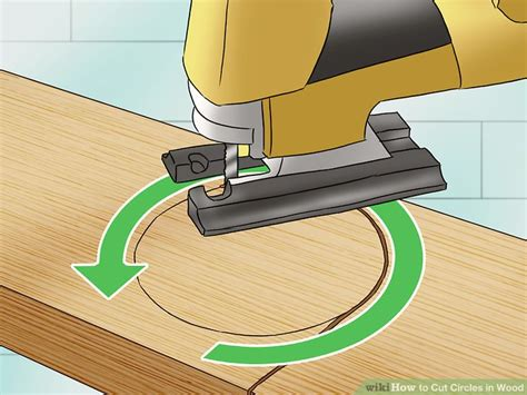 How To Cut A Circle In Wood Without A Lot