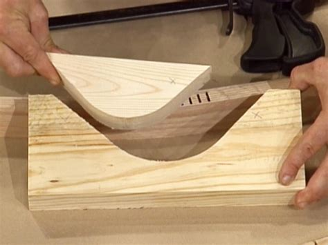 How To Cut A Curved Piece Of Wood