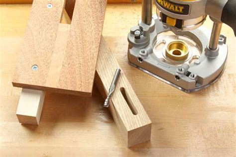 How To Cut A Mortise With A Plunge Router