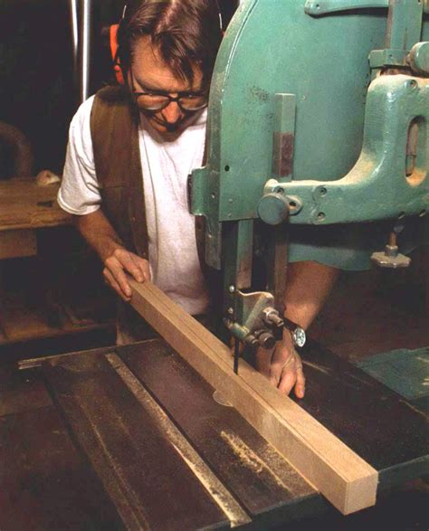 How To Cut A Tapered Leg With A Square Top