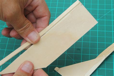 How To Cut Balsa Wood By Hand