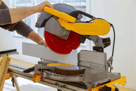 How To Cut Baseboard Angles With A Miter Saw