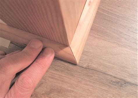 How To Cut Corner Round Molding For Floor