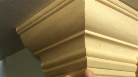 How To Cut Crown Molding Outside Corner