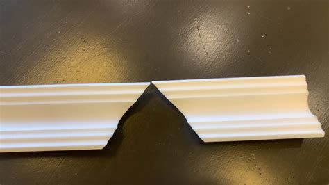 How To Cut Inside And Outside Corners On Cove Molding
