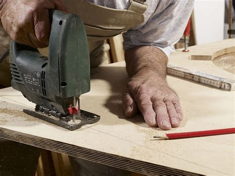 How To Cut Laminated Plywood