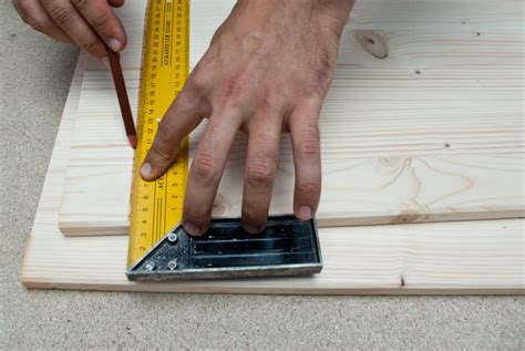 How To Cut Lumber Straight