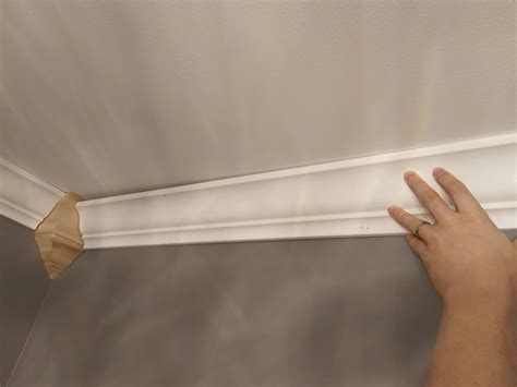 How To Cut Molding For The Ceiling