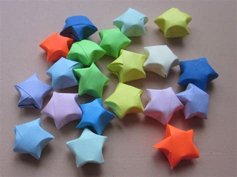 How To Cut Out A Star From Paper