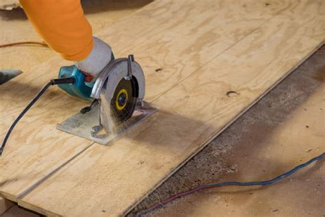 How To Cut Plywood By Hand