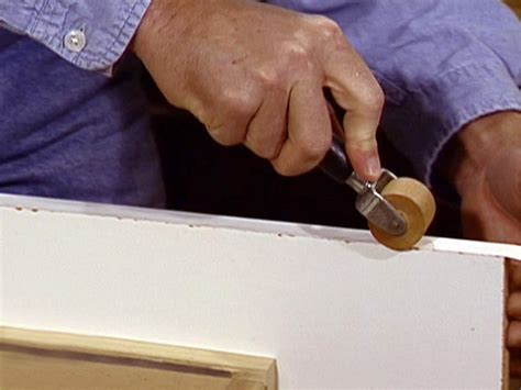 How To Cut Veneer And Laminate Shelving