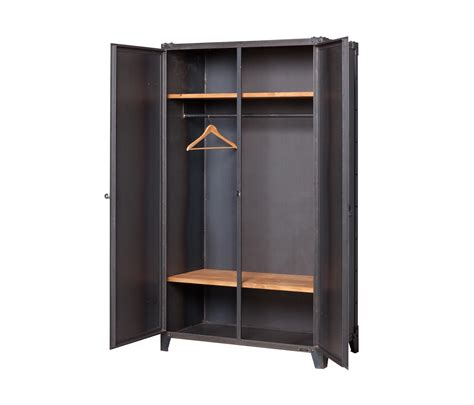 How To Design A Cupboard For Clothes