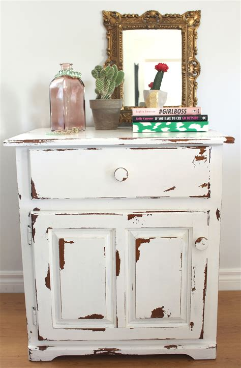 How To Distress Painted Furniture With Sandpaper