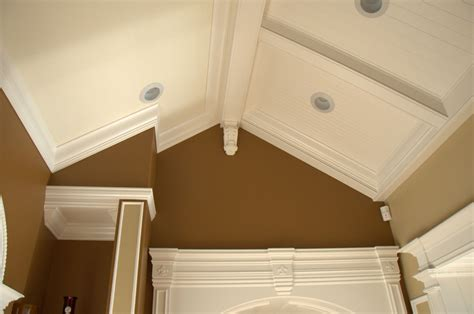 How To Do Crown Molding On Ceiling