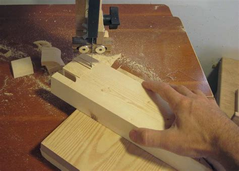How To Do Finger Joints On A Band Saw