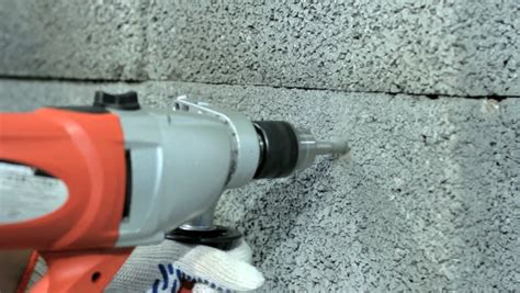 How To Drill A 1 Inch Hole In Block Wall