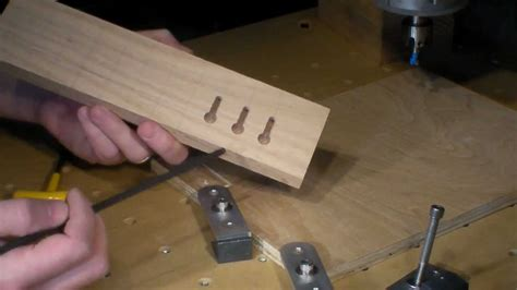 How To Drill A Keyhole In Wood