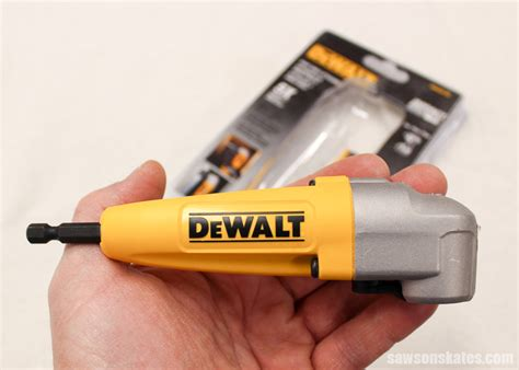 How To Drill A Screw Hole In Confined Space