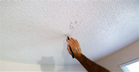 How To Fix A Seam Crack In Drywall Ceiling