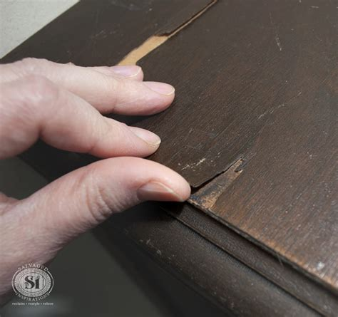 How To Fix Veneer On Door