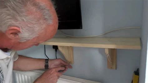 How To Fix Wooden Shelf On Wall