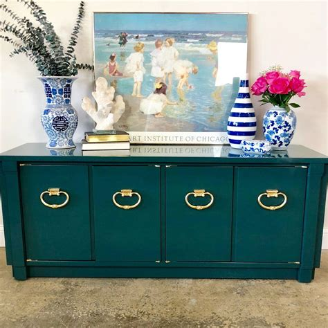 How To Get A High Gloss Finish On Wood With Spray Paint