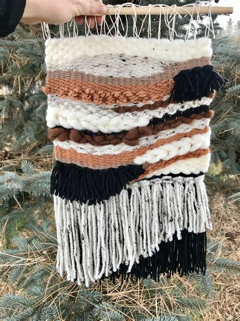 How To Hand Weave Wall Hanging