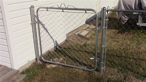 How To Install A Chain Link Gate Post