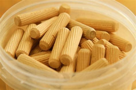 How To Join Wood Using Dowels On Same Size