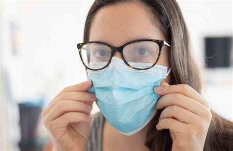 How To Keep Glasses From Fogging In The Winter
