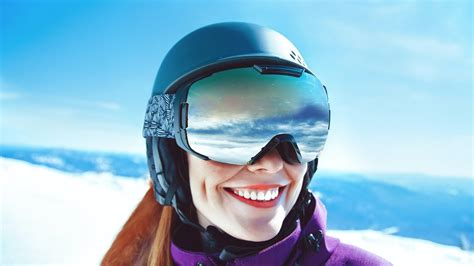 How To Keep Glasses From Fogging Up Under Ski Goggles