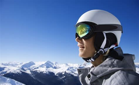 How To Keep Goggles From Fogging Skiing
