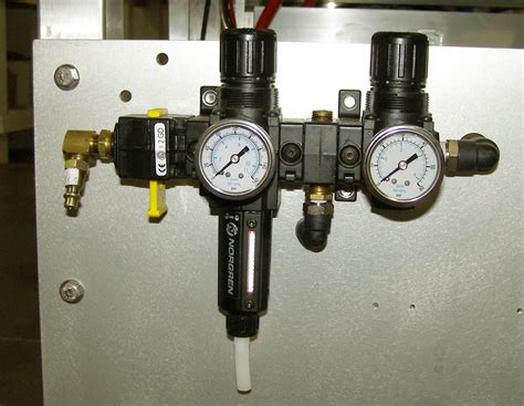How To Keep Water Out Of Air Compressor Line