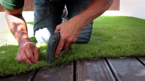 How To Lay Artificial Grass On Wooden Decking