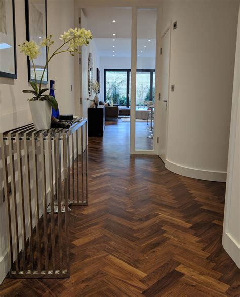 How To Layout Hardwood Floor Straight