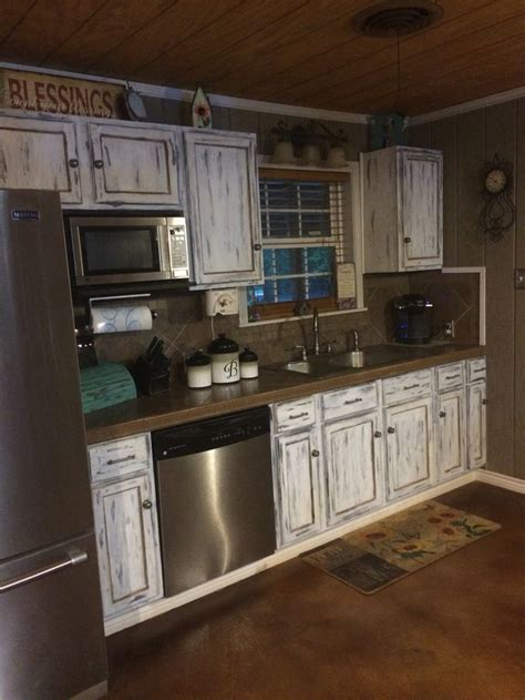 How To Line The Cabinets