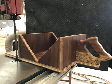 How To Make A Bandsaw Crosscut Sled