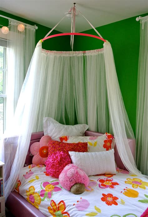 How To Make A Bed Canopy With A Hula Hoop