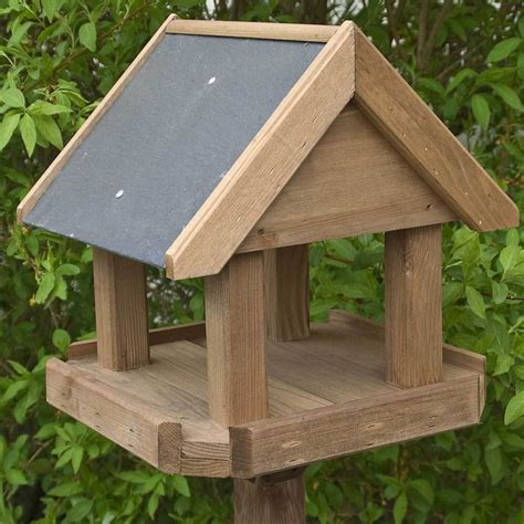 How To Make A Bird Table With Roof