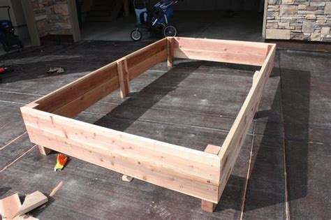 How To Make A Box Frame For A Bed