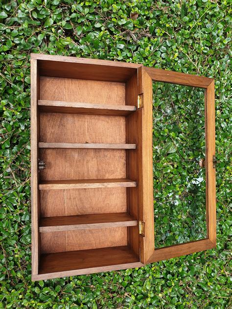 How To Make A Curio Cabinet Out Of A Bookcase