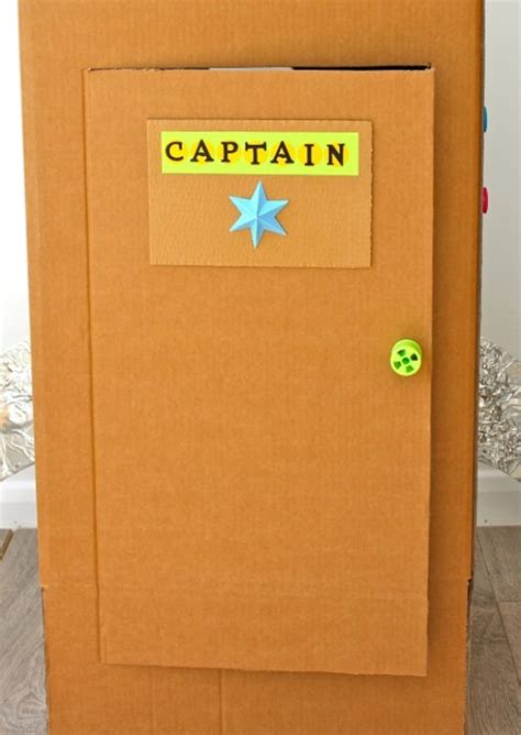 How To Make A Door Out Of Cardboard