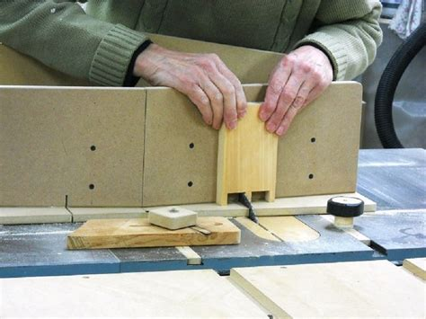 How To Make A Dovetail Jig For A Table Saw