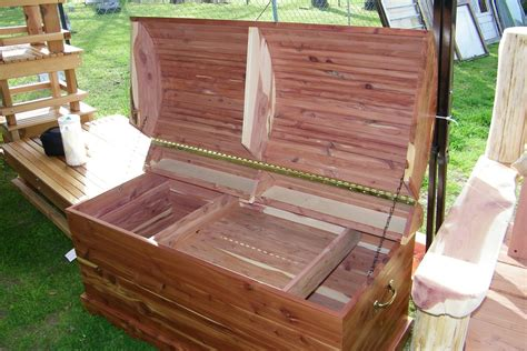 How To Make A Hope Chest Out Of Cedar
