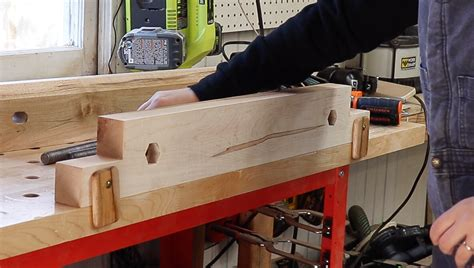 How To Make A Moxen Vise Using Pipe Clamps