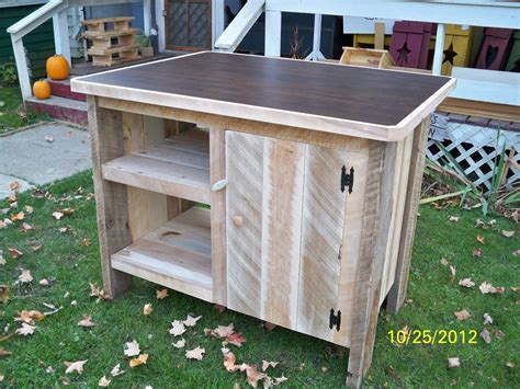How To Make A Pallet Kitchen Island