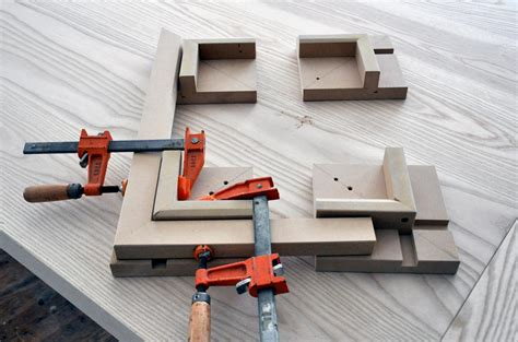 How To Make A Picture Frame Gluing Jig For Boxes