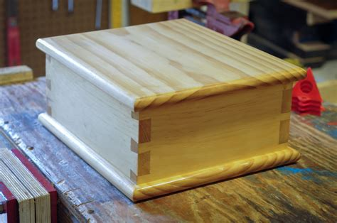 How To Make A Sliding Dovetail Box Lid
