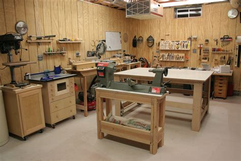 How To Make A Small Garage Workshop